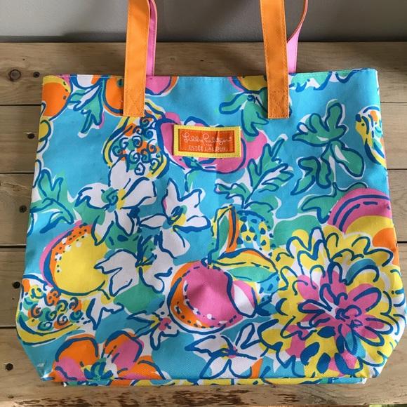 Lilly Pulitzer Handbags - Lilly Pulitzer for Estée Lauder Tote Bag
